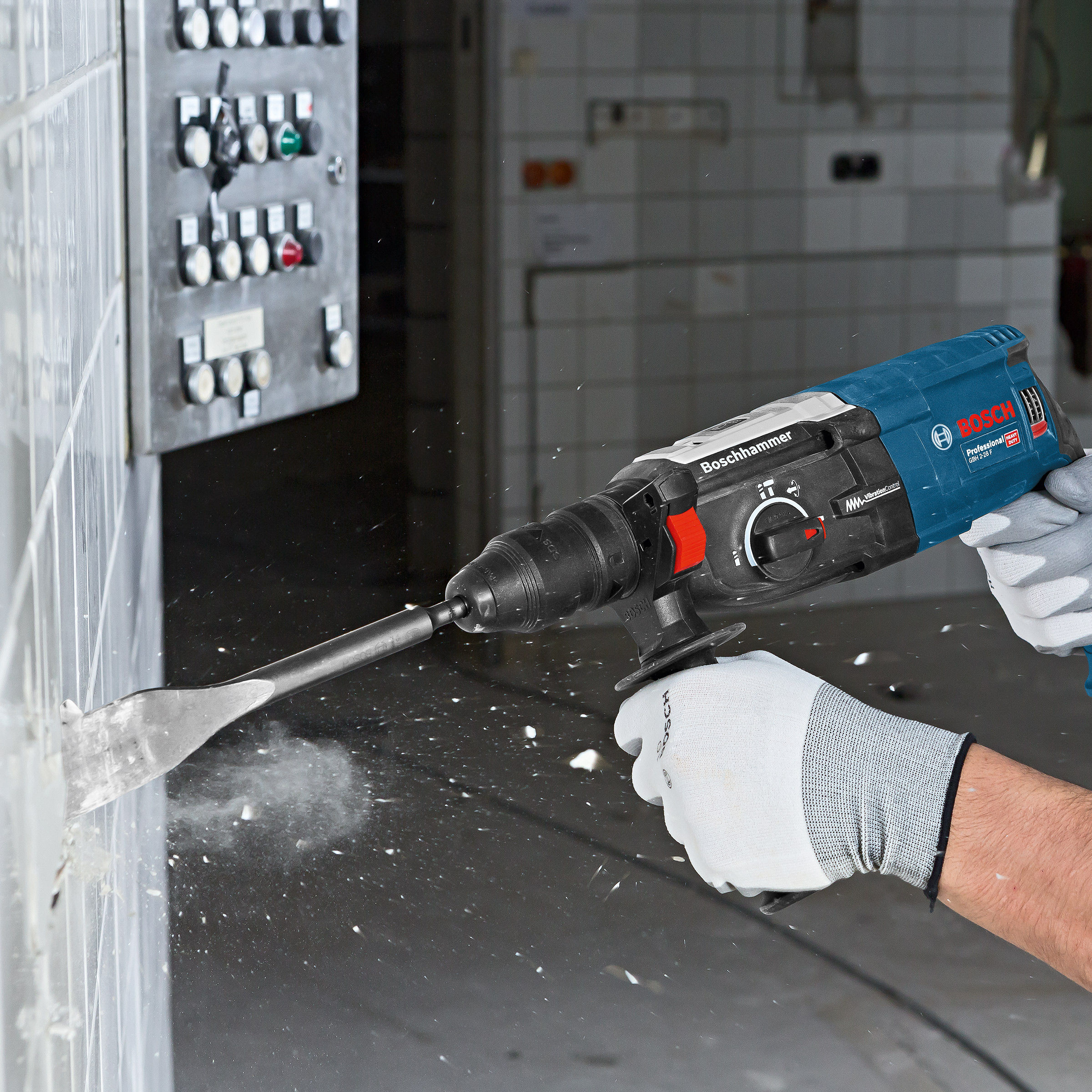 toolstop bosch gbh 2 28 f 2kg sds rotary hammer drill. Black Bedroom Furniture Sets. Home Design Ideas
