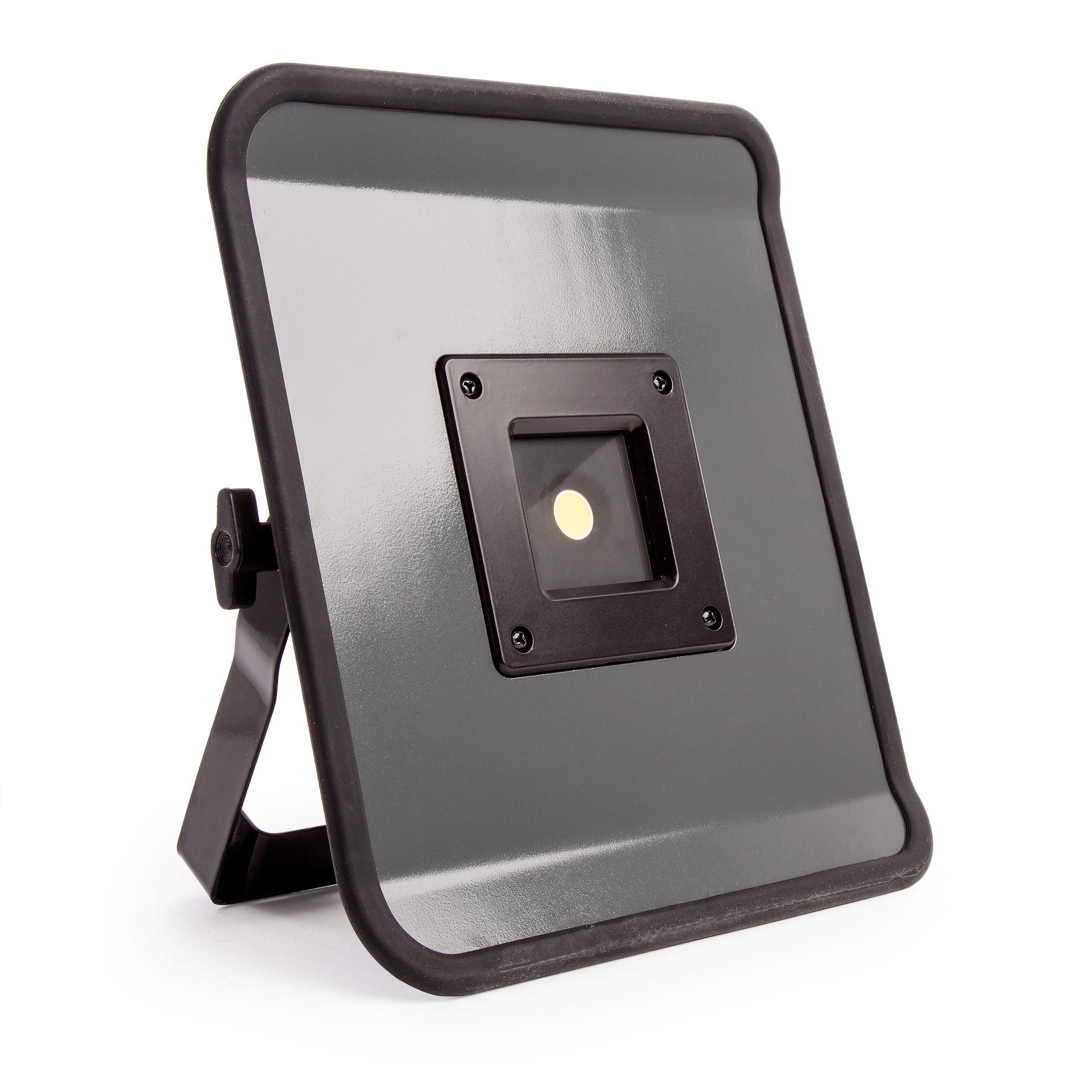 Socket Led Mobile Brennenstuhl With Compact 30w 1171333302 240v Lamp NnOk8ZwX0P