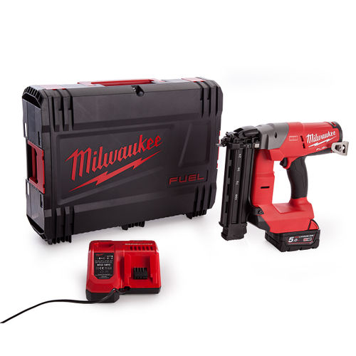 Milwaukee M18CN18GS-0X Fuel Finishing Nailer With Charger and Battery in Dynacase