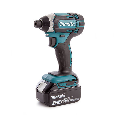 Makita DTD152 18V Cordless Impact Driver with Charger and Makpac Connector Case Type 2 (2 x 3.0Ah Batteries)