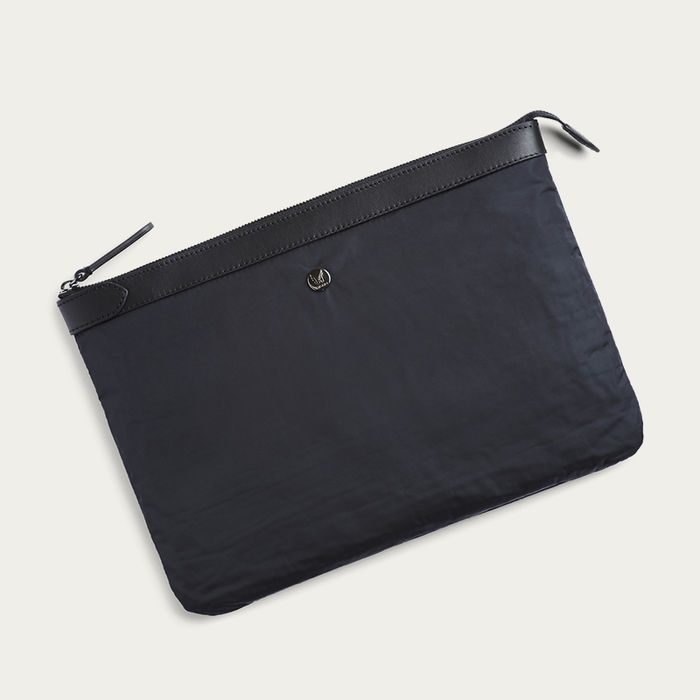 Moonlight Blue/Black M/S Pouch Large | Bombinate