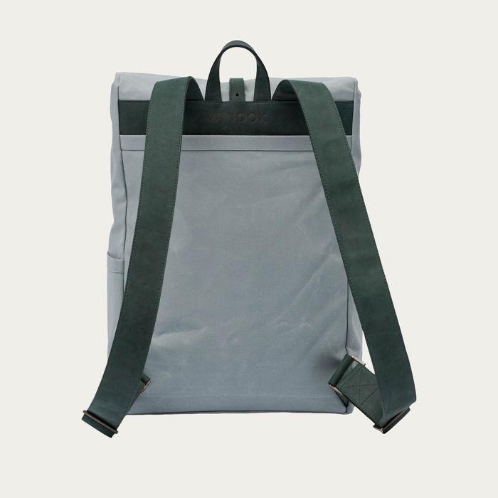 Malachite Oyster Backpack  | Bombinate