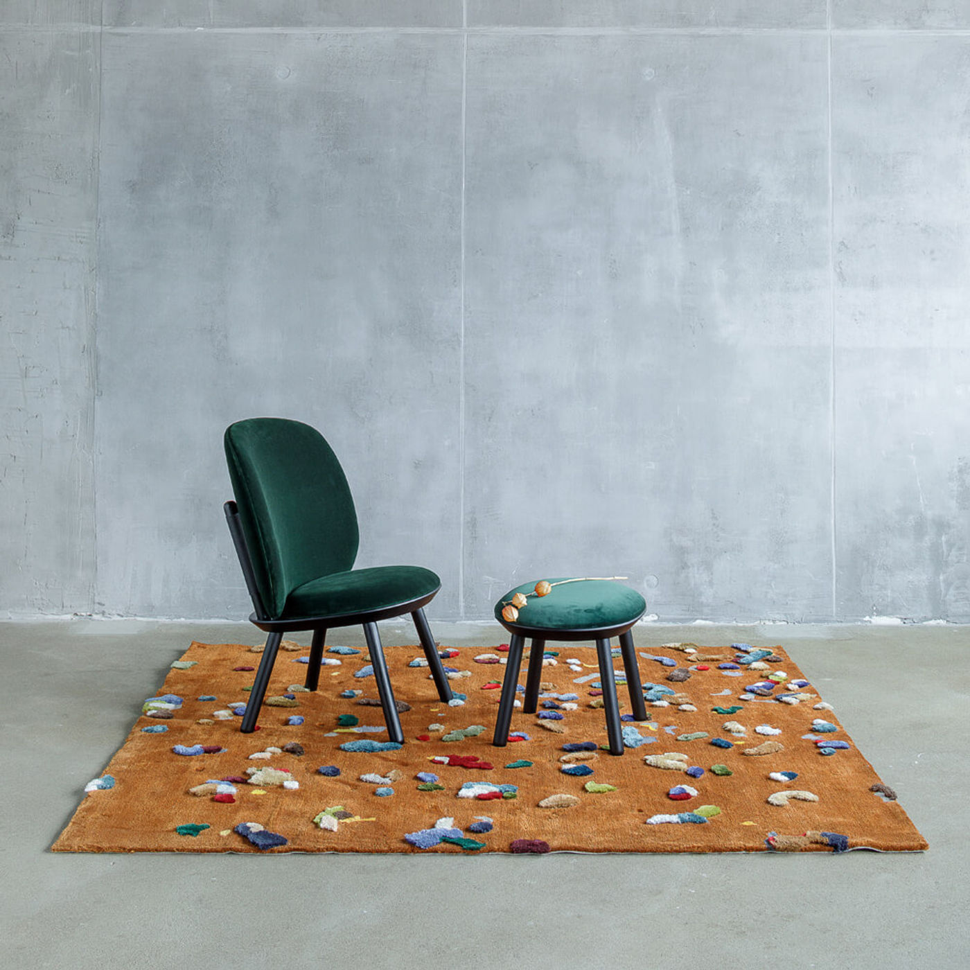Black Ash/Buckden Naive Low Chair | Bombinate