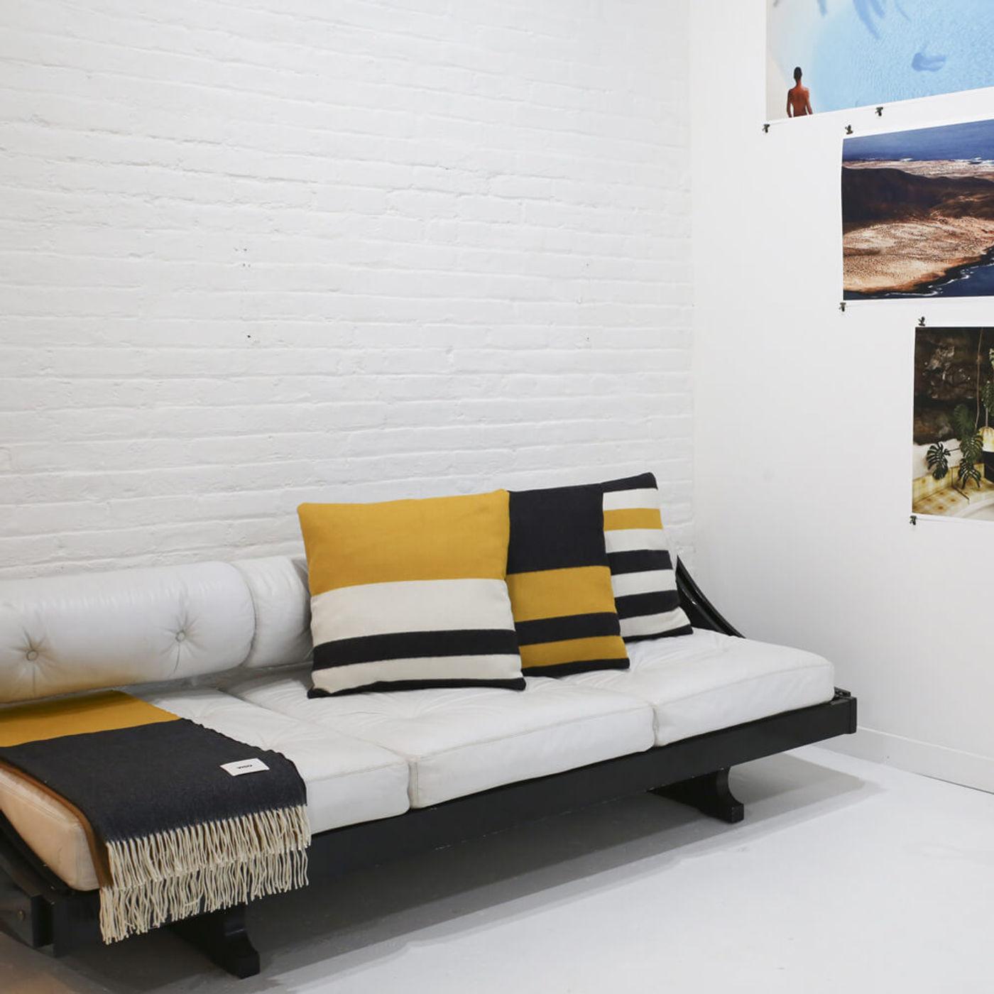 Merino Pillow V67 | Bombinate