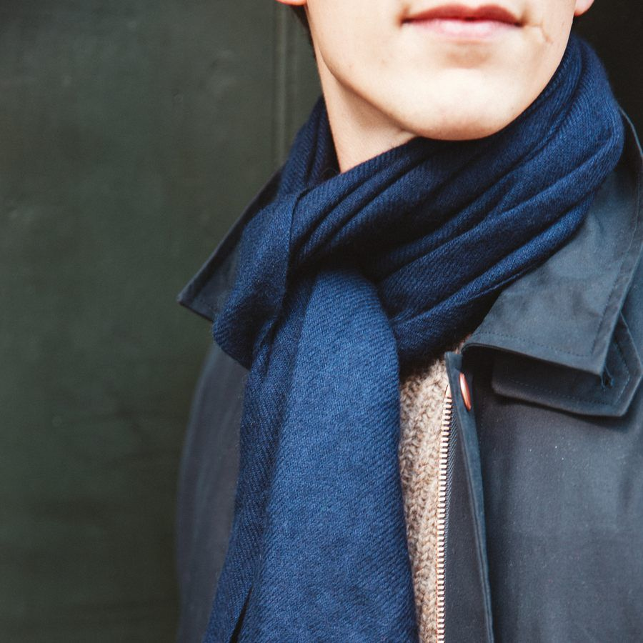 The Himalayan Navy Cashmere Scarf  6