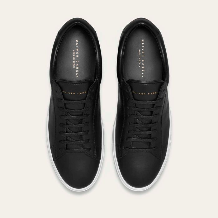 Black Low Sneakers   | Bombinate