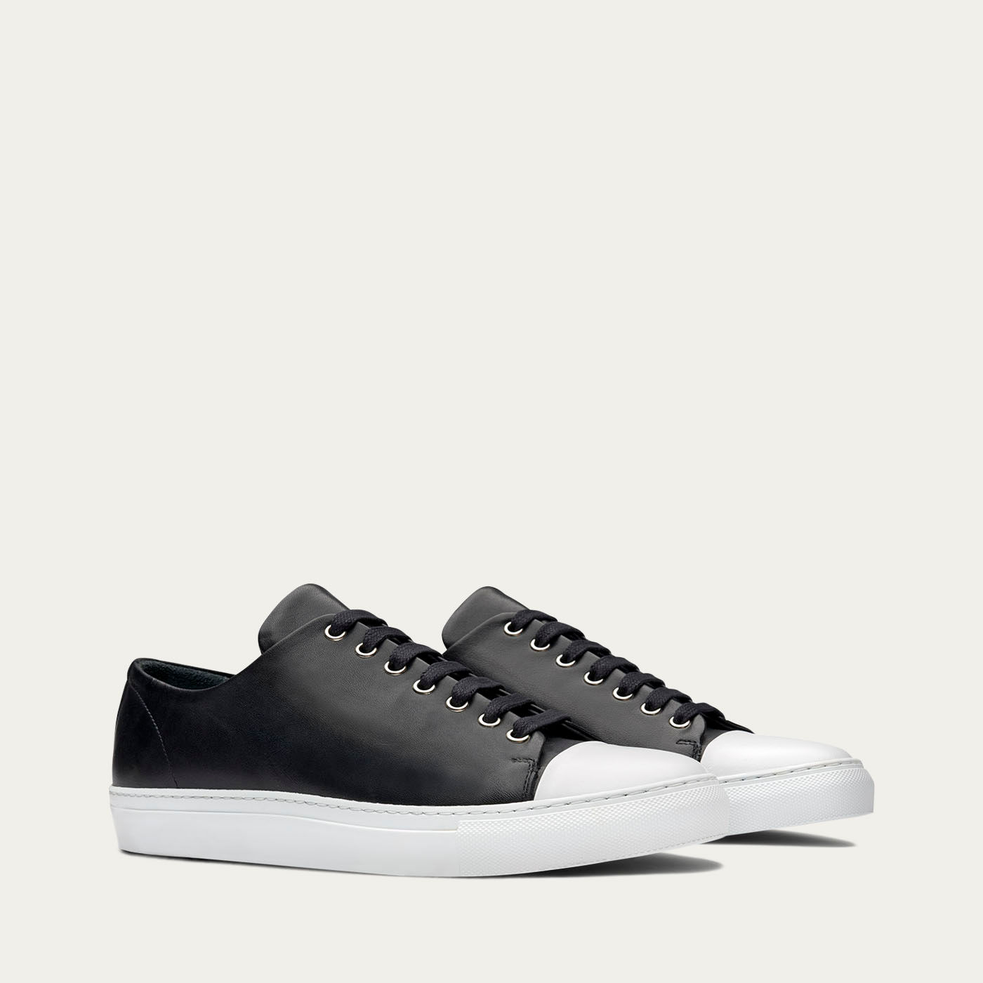 Erving Monochrome Sneakers 1