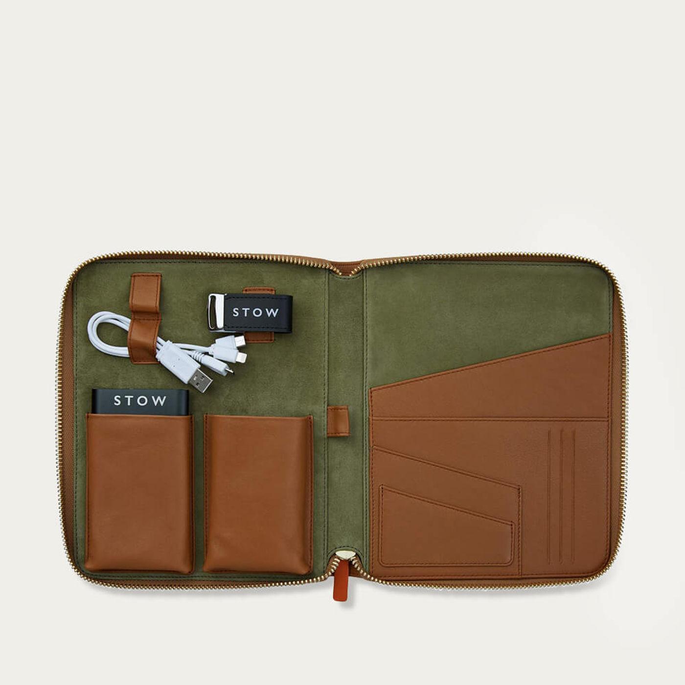 Sahara Tan & Eucalyptus The First Class Leather Tech Case | Bombinate