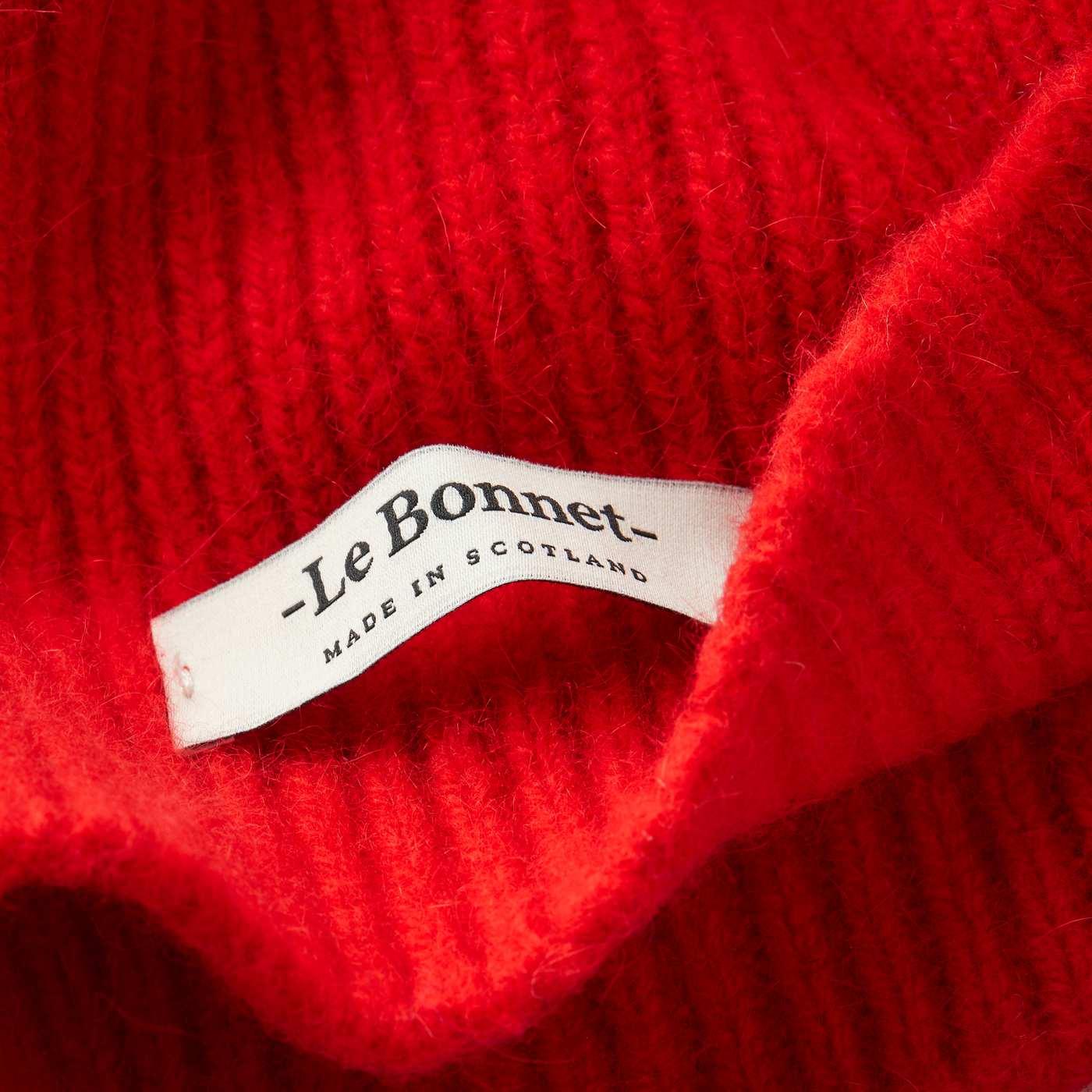 Crimson Beanie | Bombinate
