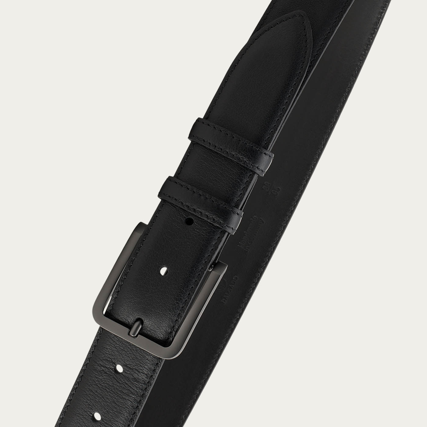 Black Álvaro Leather Handmade Belt  | Bombinate