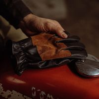 Black Bandit Racing Gloves | Bombinate