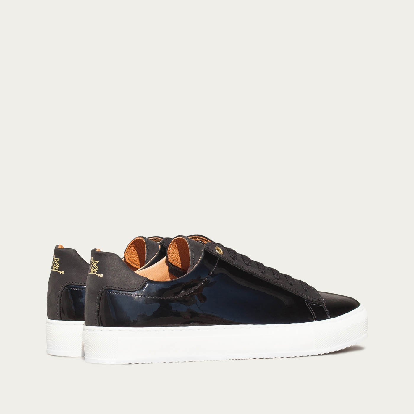 Black Onyx Taranta Sneakers 2