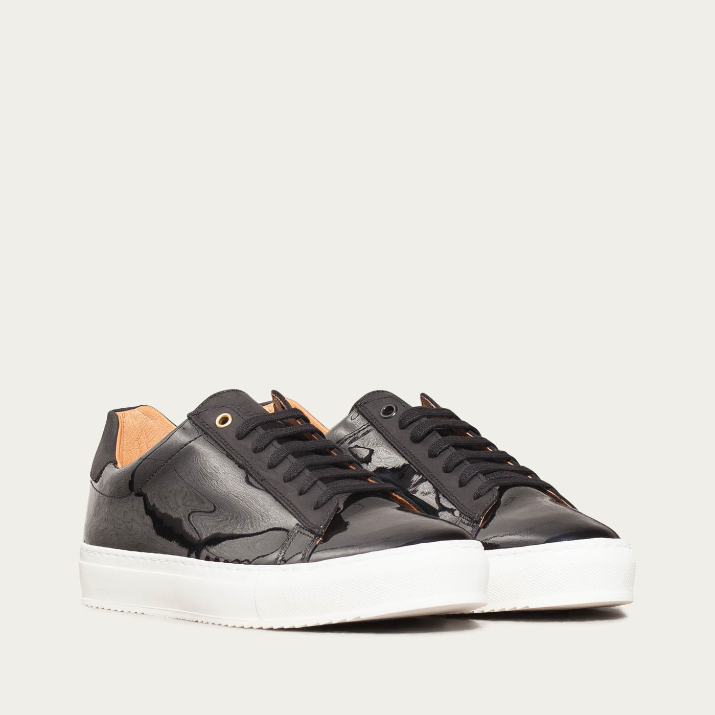 Black Onyx Taranta Sneakers 1