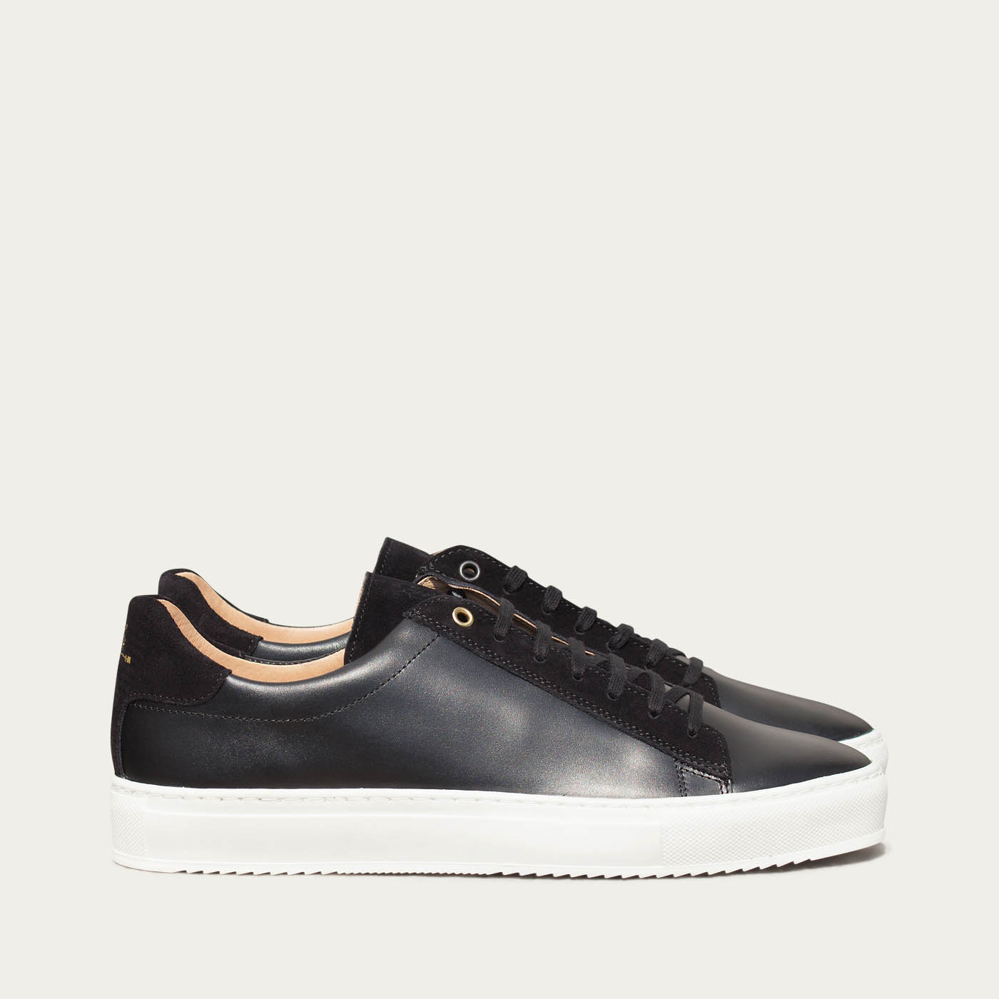 Black Leather Taranta Sneakers   | Bombinate