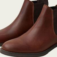 Cognac Chelsea Boots    Bombinate