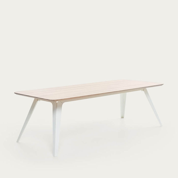 White Fold - An Inventive Table | Bombinate
