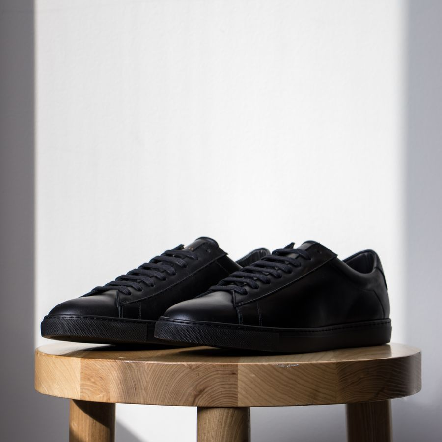 Black Low Jet Sneakers   5
