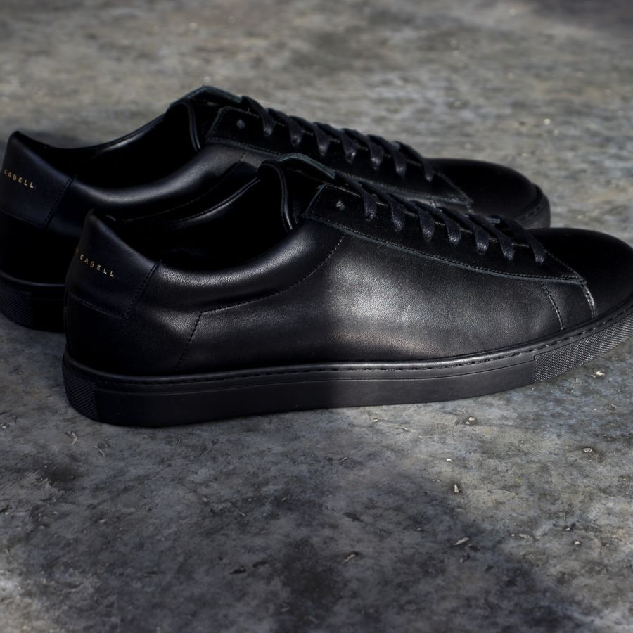Black Low Jet Sneakers   3
