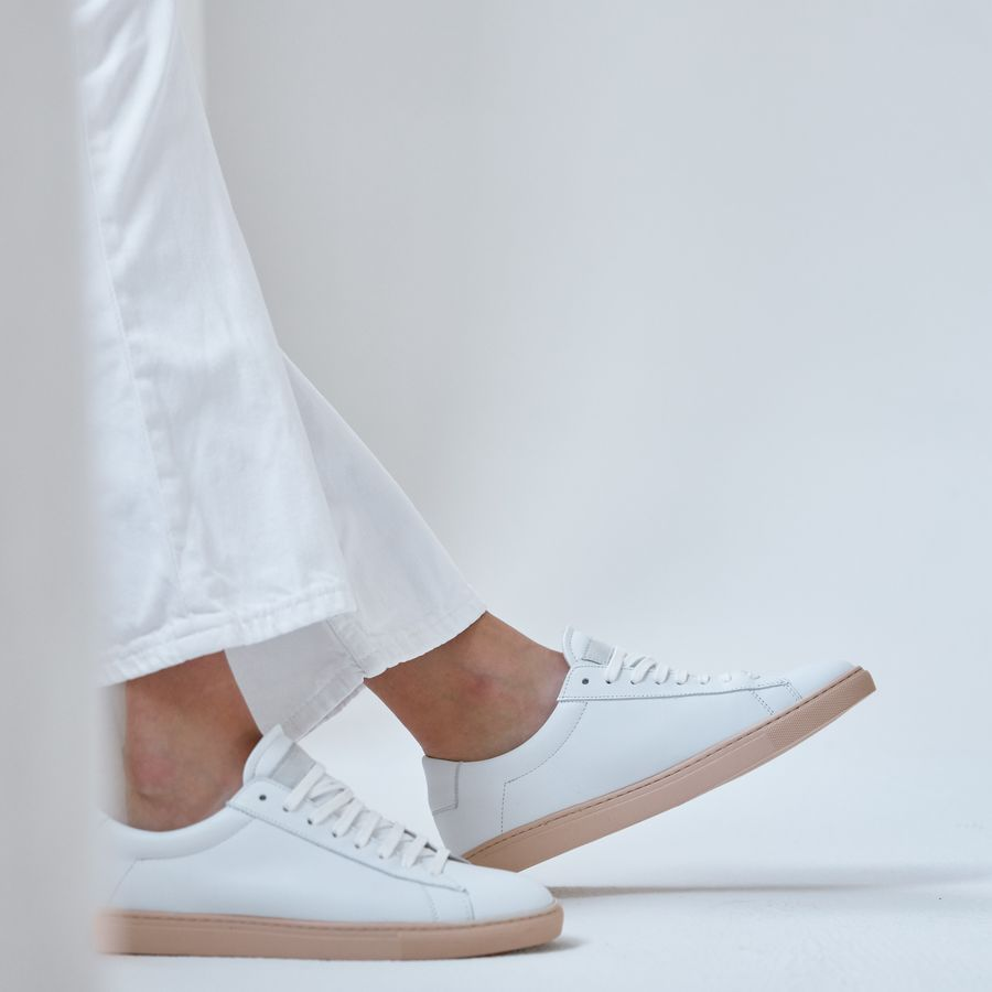 Aesthetnik Low Sneakers  1