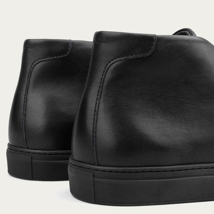 Black Roberto High-Top Sneakers | Bombinate