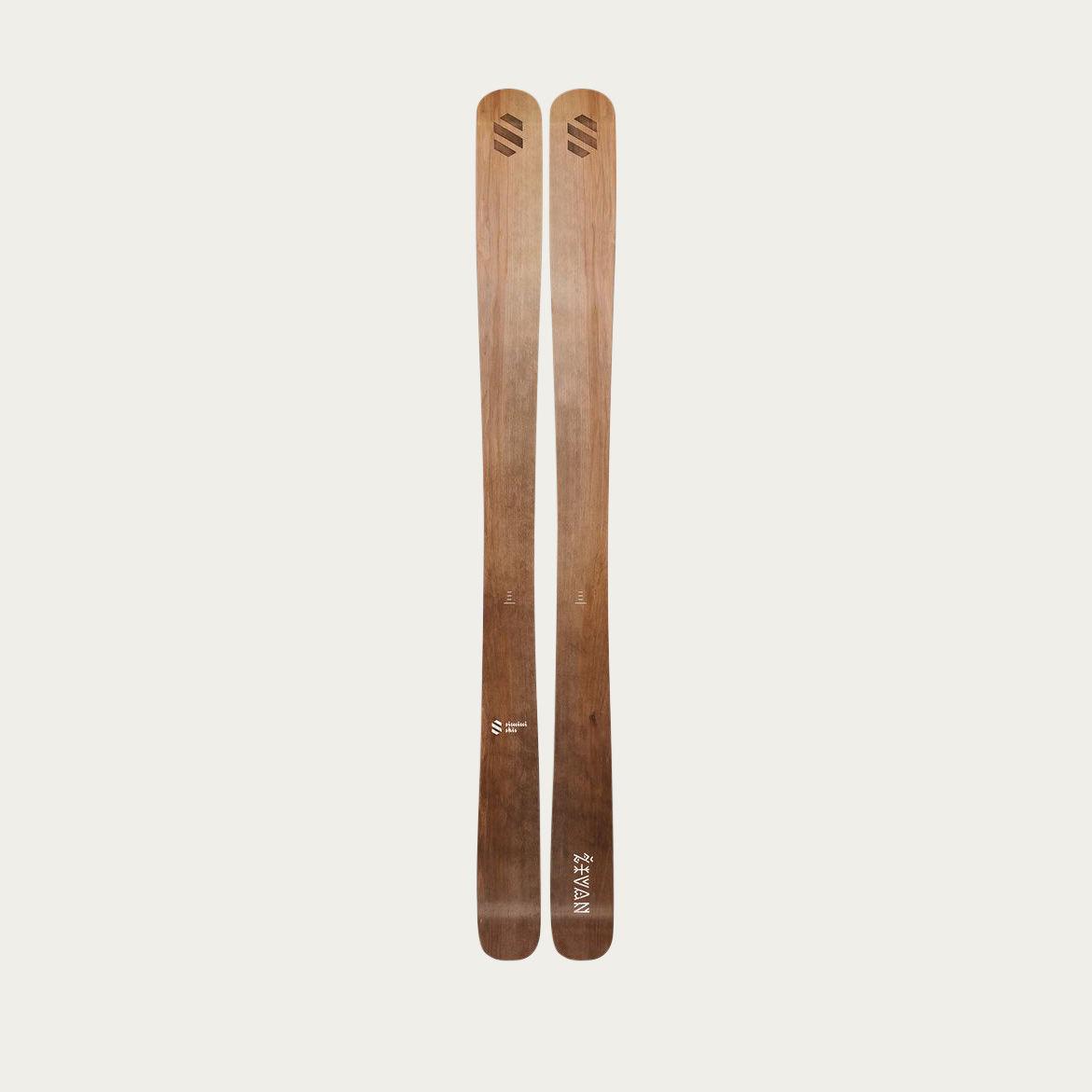 Živan Simini Skis  | Bombinate