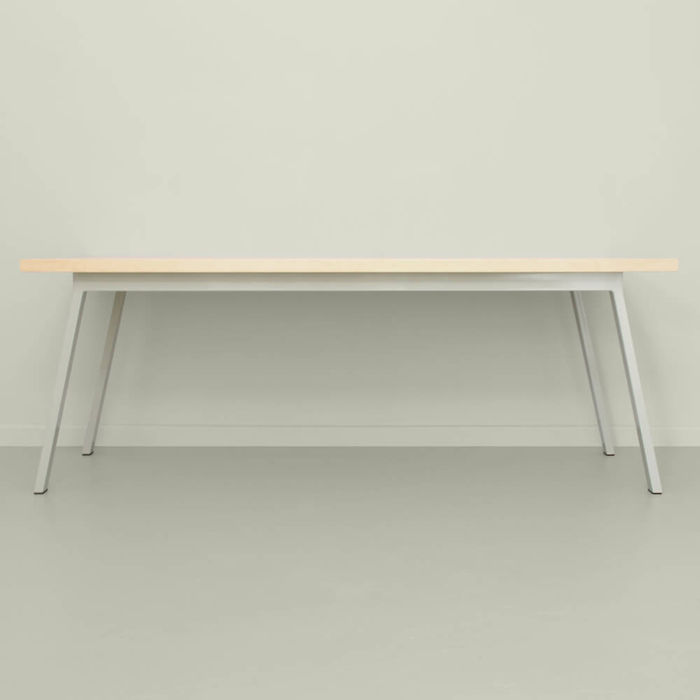 Pebble Grey Valkenburg Table | Bombinate