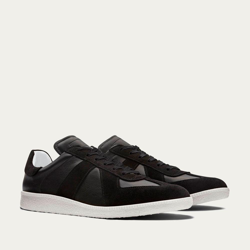 Monochrome Gat Sneakers | Bombinate