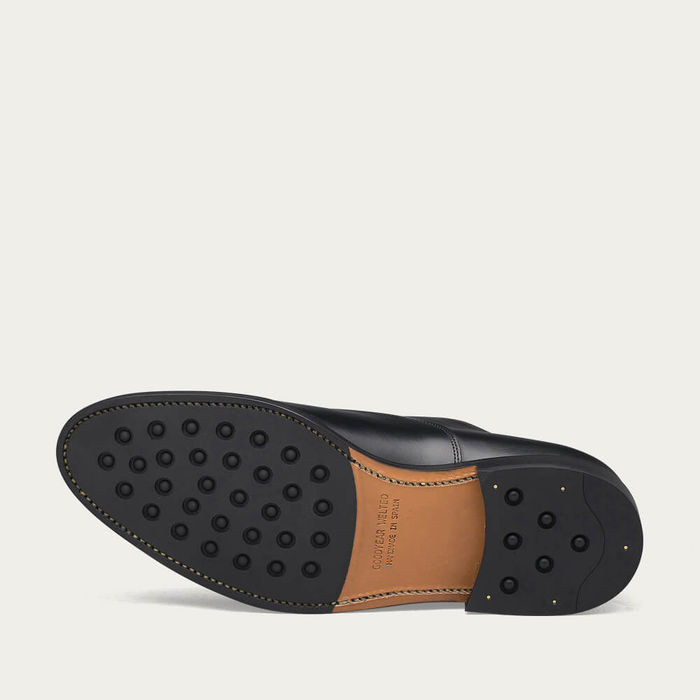 Black Downtown Leather Shoes | Bombinate