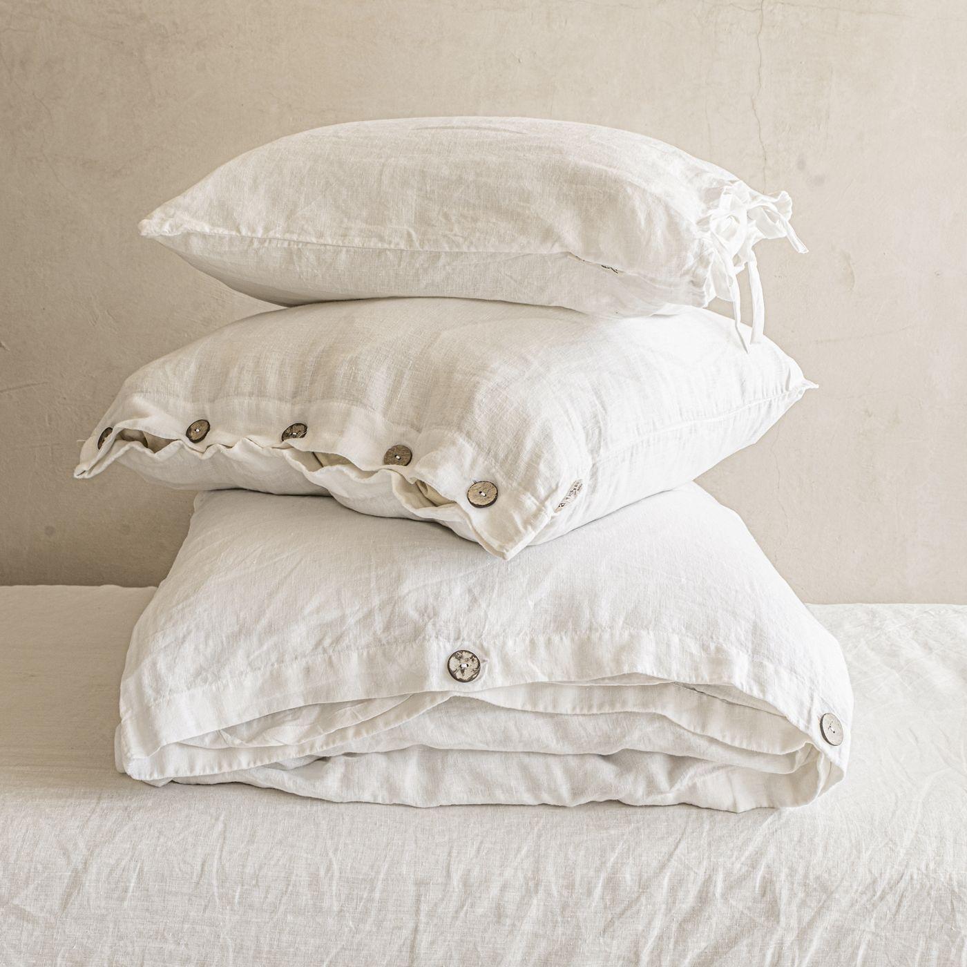 White Buttoned Linen Duvet Cover Set   Bombinate