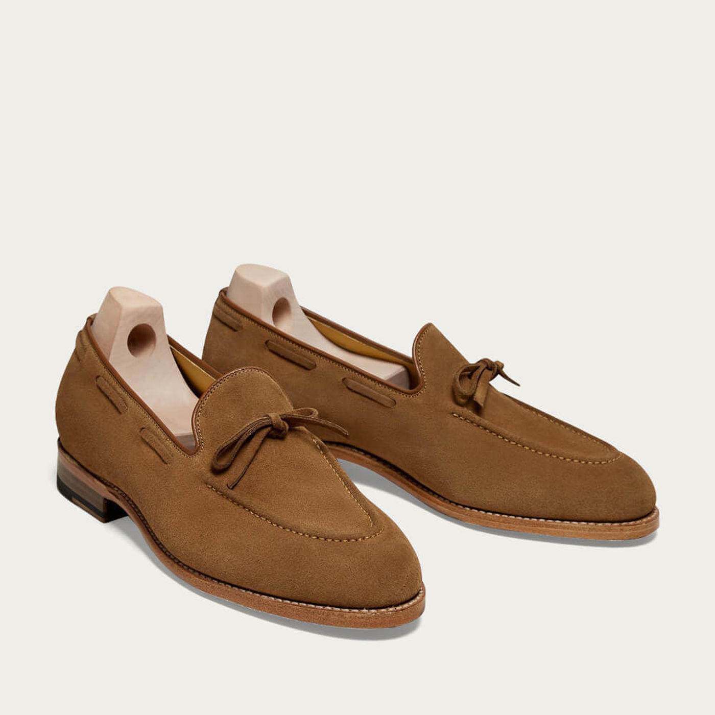 Chestnut Fårö Suede Loafers with Leather Sole   Bombinate