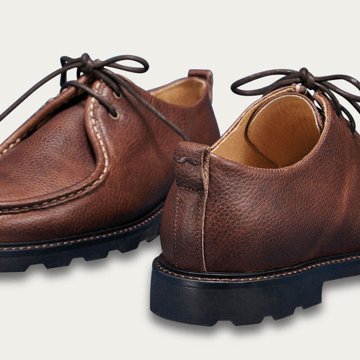 Brown Grained Pull-Up Gaspard Derby Shoes | Bombinate