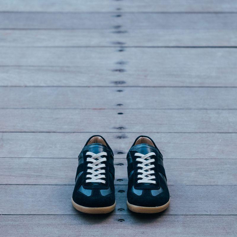 Black Gat Sneakers | Bombinate