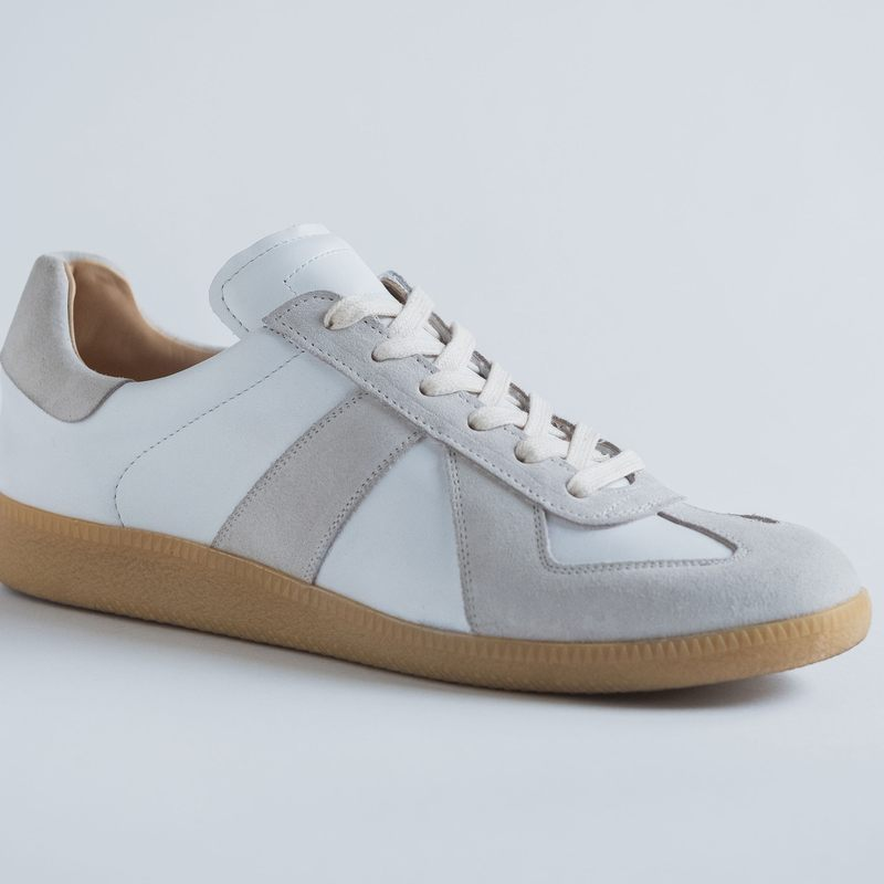 White Gat Sneakers  | Bombinate