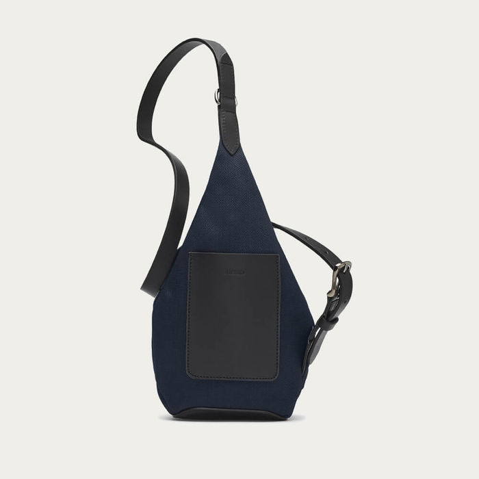 Deep Blue/Black M/S Drop Bag | Bombinate