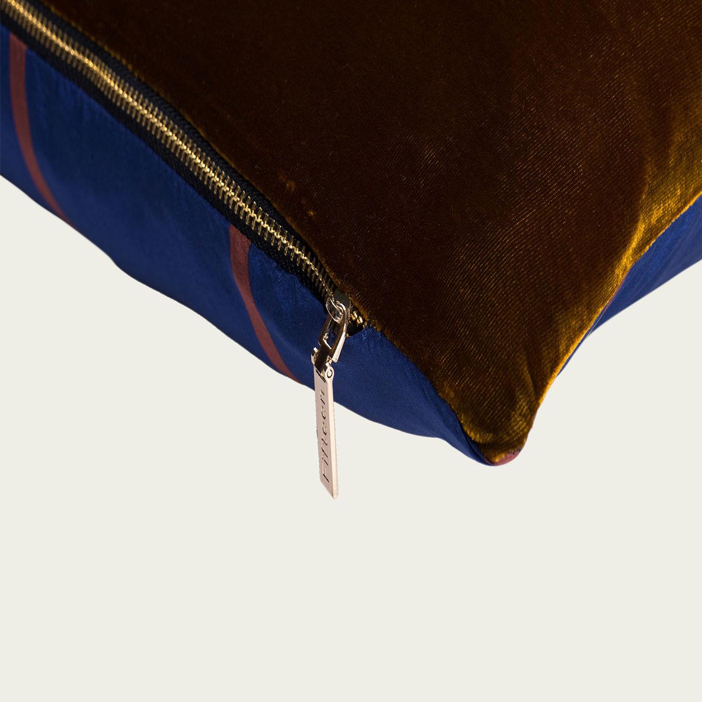 Brollow Cushion | Bombinate
