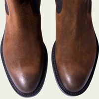 Hunter Brown Chelsea Boots | Bombinate