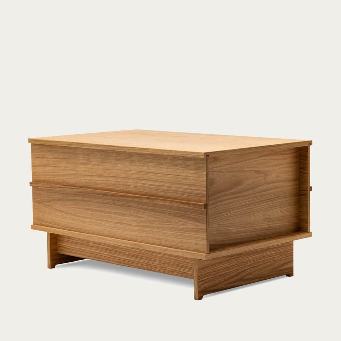 Oak Small Correlation Bench   Bombinate