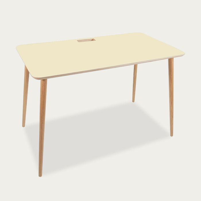 Pearl Desk | Bombinate
