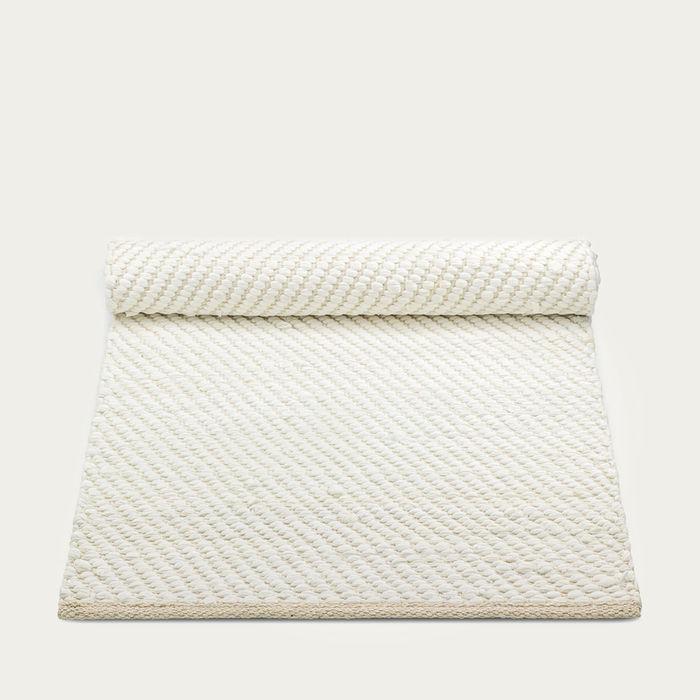 White/Offwhite Cotton Rug | Bombinate