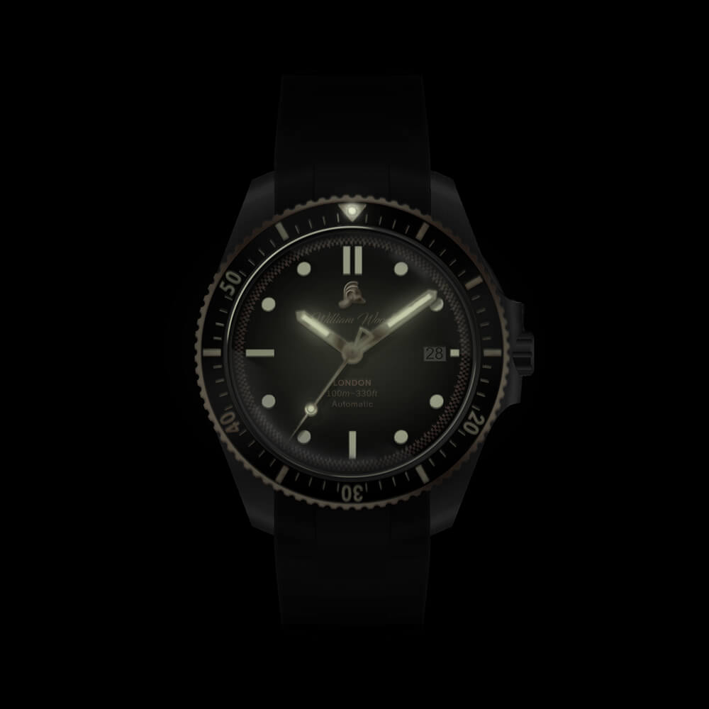 The Valiant Rose Watch / Black Rubber Strap | Bombinate