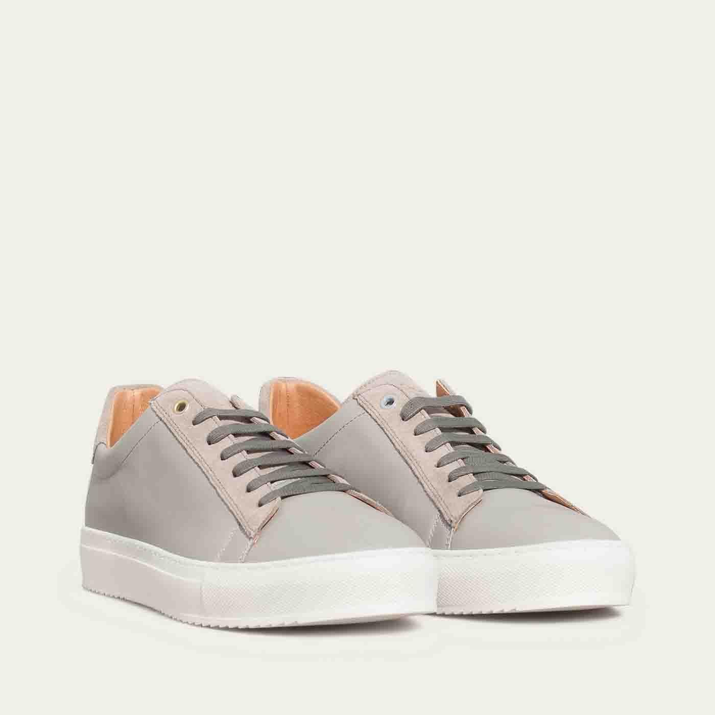 Pearl Grey Leather Taranta Sneakers   1