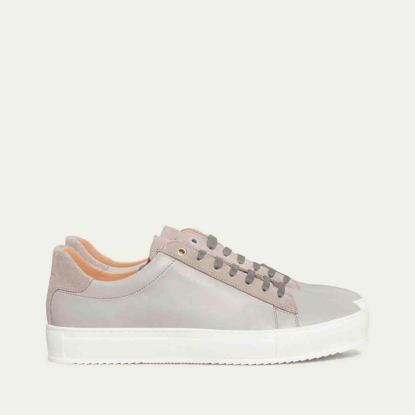 Pearl Grey Leather Taranta Sneakers   0