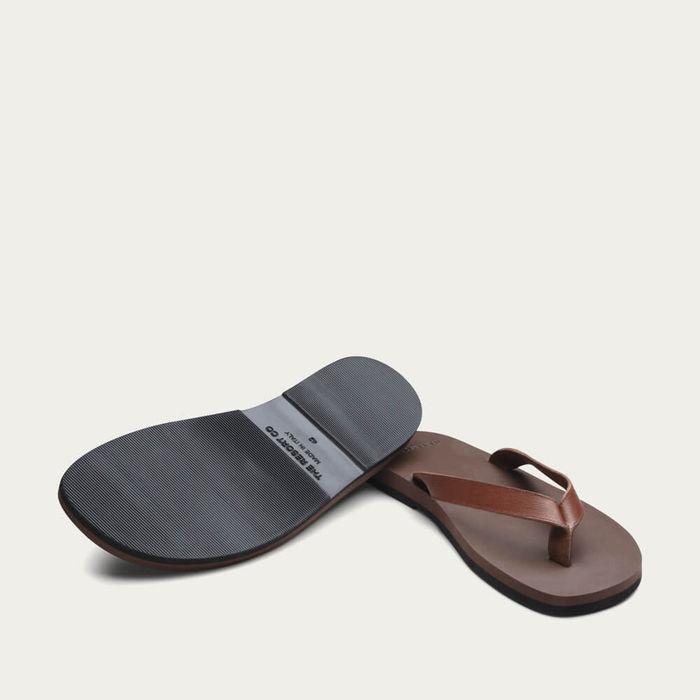 Brown Saffiano Leather Flip-Flops | Bombinate