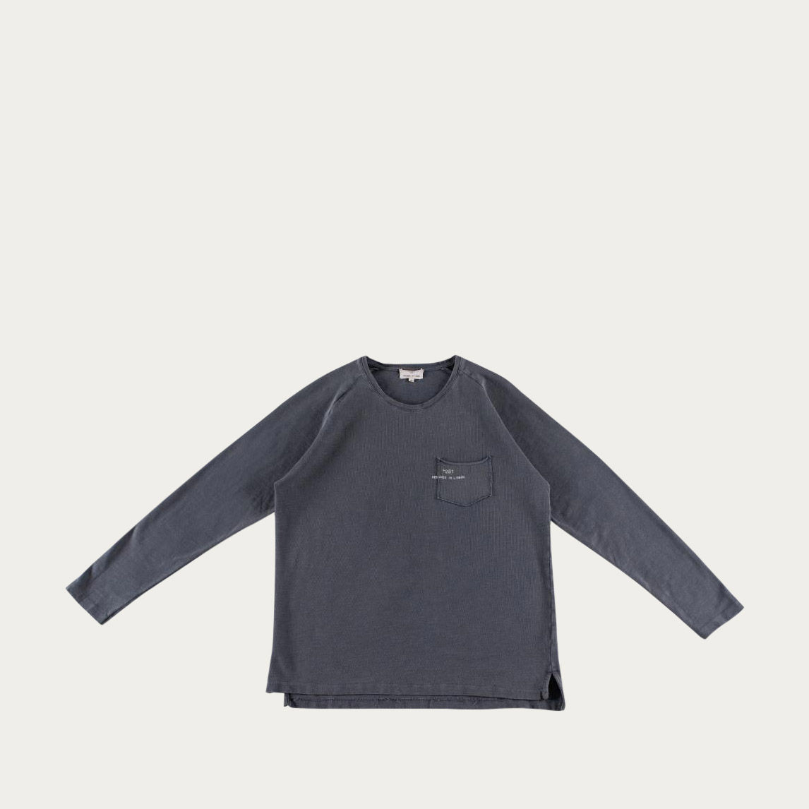 Blue Fade Out Essential Long Sleeve Tee-shirt | Bombinate