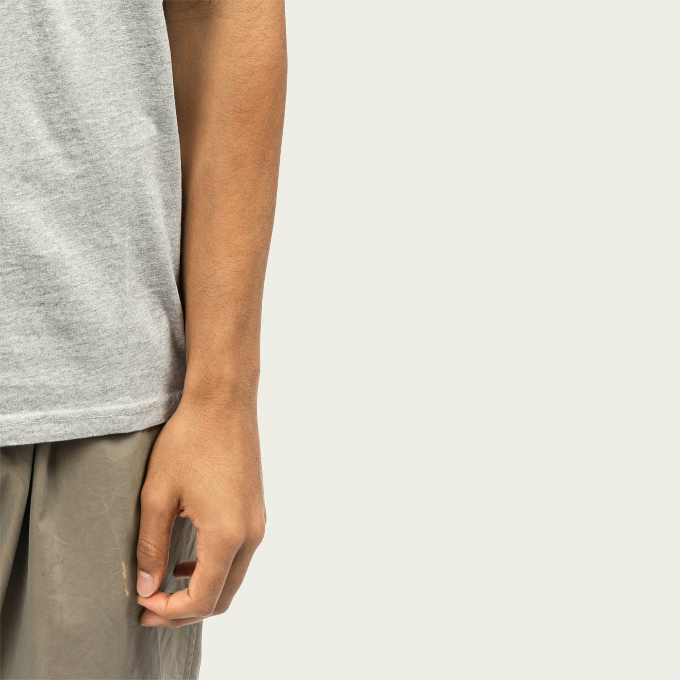 Grey Castart19 T-shirt  | Bombinate