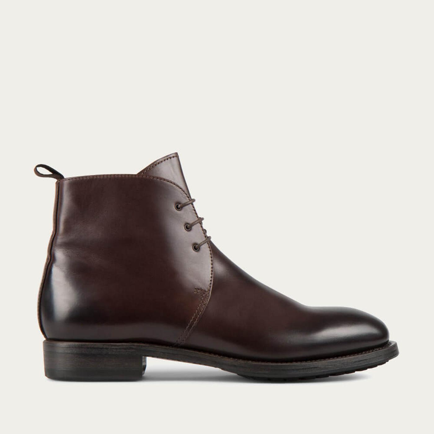 Tmoro Kent Cordovan Leather Chukka Boots | Bombinate
