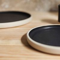 Small Otto Plate Black - Set of two | Bombinate