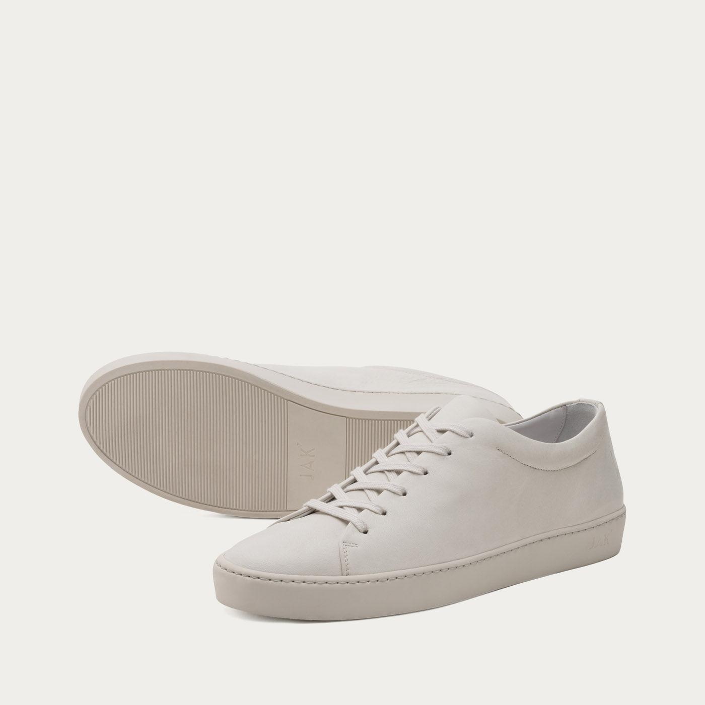 Dust Royal Sneakers | Bombinate