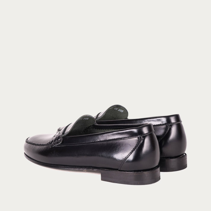 Black Venecia Moccasin | Bombinate