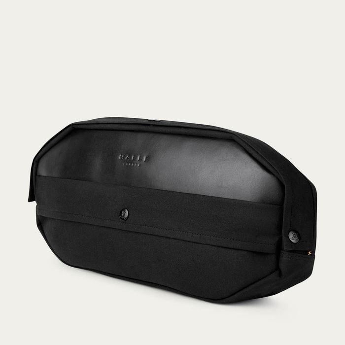 Black Dash Pack    Bombinate